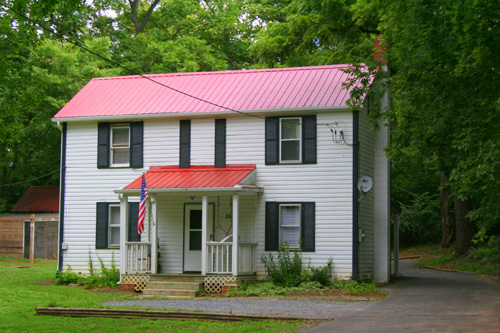 The Confederate Cottage Exterior