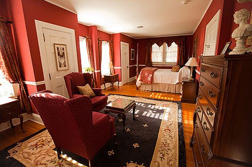 The Churchill Suite at Historic Rosemont Manor